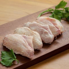 French DE LA VALLEY Free Range White Chicken Mid-Joint Wings 300g